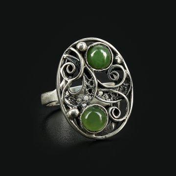 Серебряное кольцо (нефрит)