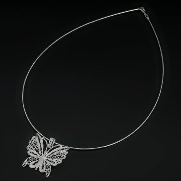 Серебряное колье Бабочка