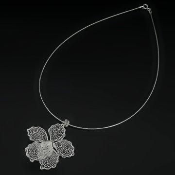 Серебряное колье Орхидея