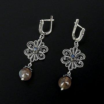 Серебряные серьги с филигранью (лабрадор)