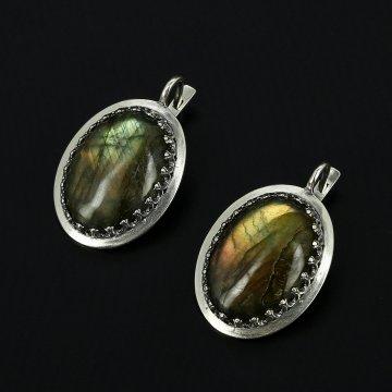 Серебряные серьги (лабрадор)