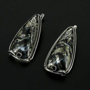 Серебряные серьги авторская работа (пирит в кальците)