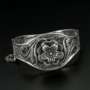 Серебряный браслет Ажурные цветы