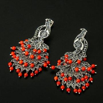 Кубачинские серебряные серьги ручной работы (камень - коралл)