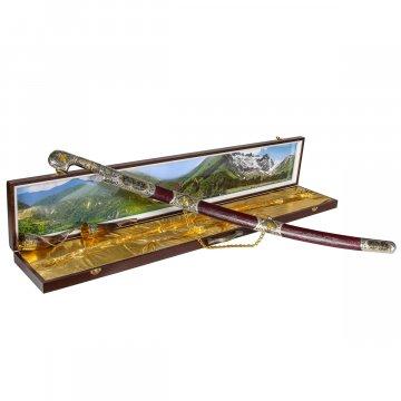 Кубачинский подарочный набор в футляре (шашка с серебряными вставками и 2 бычьих рога)