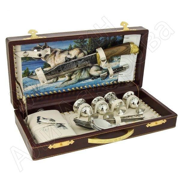 Кизлярский туристический набор для пикника в кожаном футляре