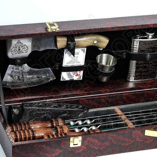 Кизлярский шашлычный набор в подарочном кейсе №2 (каштановый)