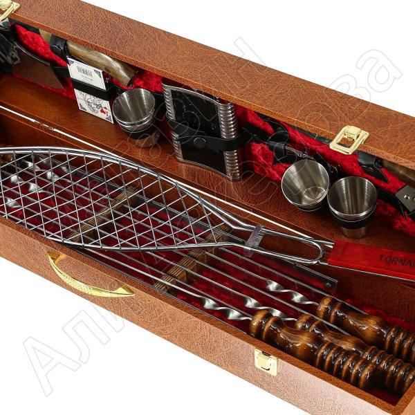 Кизлярский шашлычный набор в подарочном кейсе №3 (коричневый)