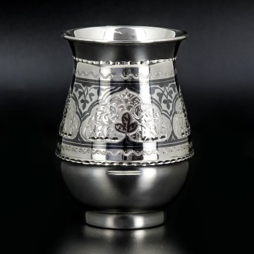 Серебряный стакан Кубачи ручной работы
