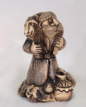 """Подарочная статуэтка ручной работы """"Барашек на обед"""" обожженная глина"""