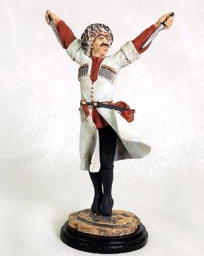 """Подарочная статуэтка ручной работы """"Танцор с кинжалами"""" (обожженная глина)"""