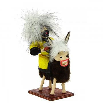 """Сувенирная кукла-композиция на деревянной подставке """"Джигит на осле"""""""