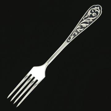 Серебряная кубачинская вилка с чернением (десертная)