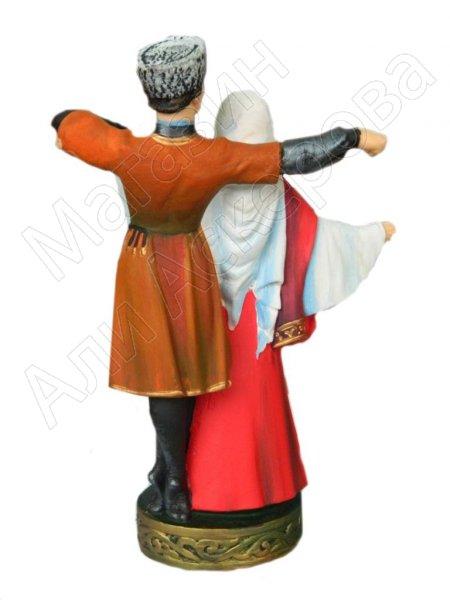 Подарочная статуэтка Джигит и горянка в танце (обожженная глина)