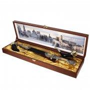 Кубачинский подарочный набор в футляре (кинжал с позолоченными вставками и 2 бычьих рога) арт.3994