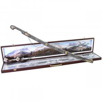 Кубачинский подарочный набор №33: мельхиоровая шашка с позолоченными вставками и 2 рога в футляре