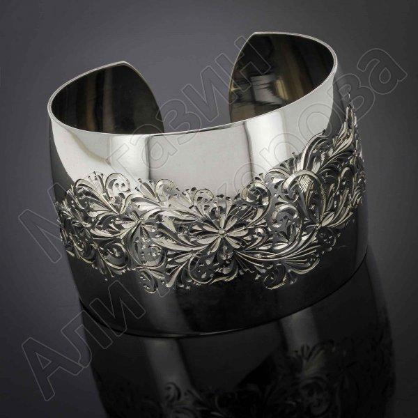 Серебряный кубачинский браслет белый №25