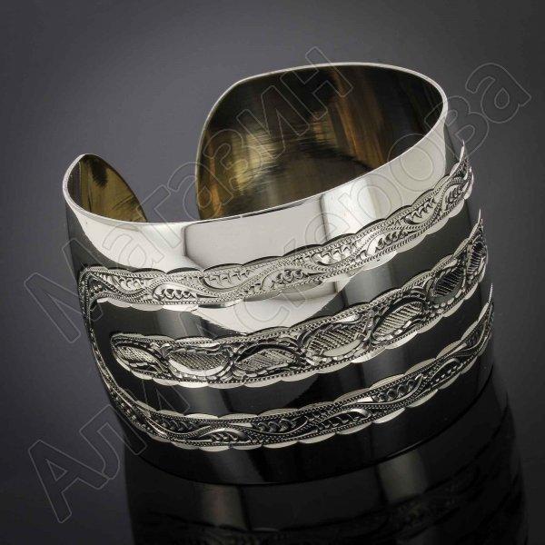 Серебряный кубачинский браслет белый №27