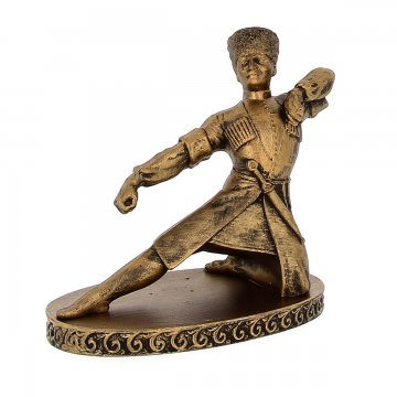 """Подарочная статуэтка ручной работы """"Горец на колене"""""""