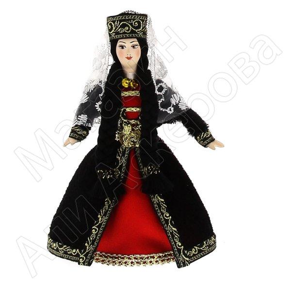 Керамическая кукла в армянском национальном костюме (малая)